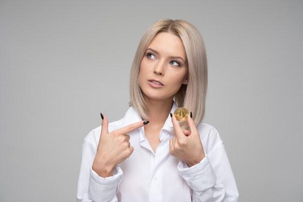 専業主婦で貯金は可能?