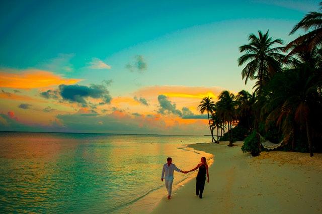 地方公務員の結婚休暇は何日もらえるの?